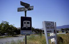 Selbst in Tehachapi kennens den Stoiber,..