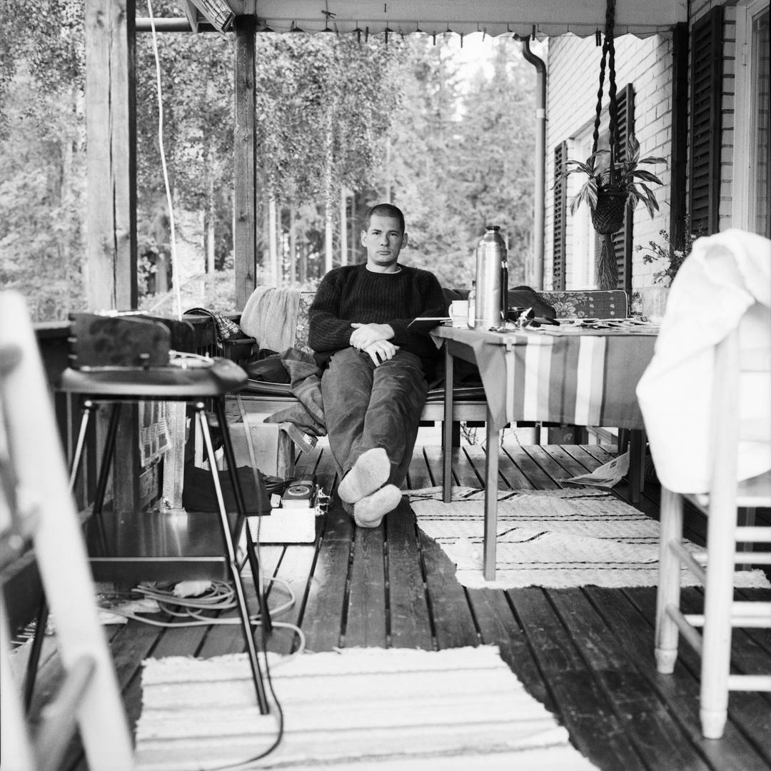 Selbstportrait auf der Veranda, Horndal (Schweden), 11. August 1996