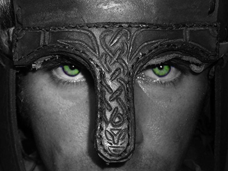 Selbstportrait mit Helm