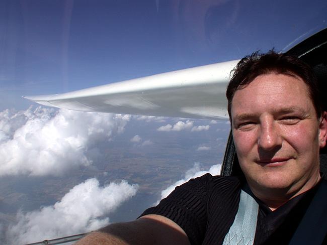 Selbstportrait über den Wolken