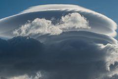 Seltsame Wolken II