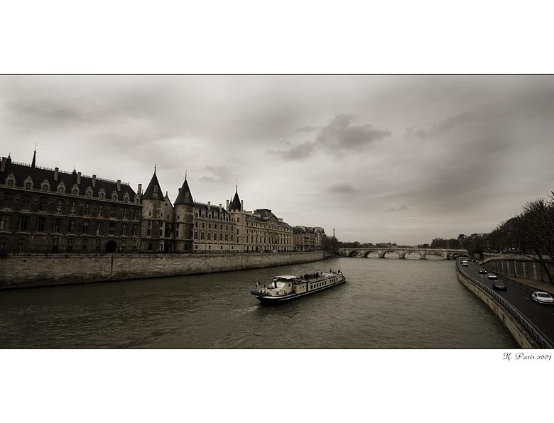 . . . Sena von Paris . . .