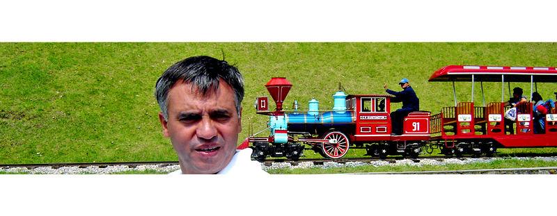 señOr gigante,cuidado con el tren!!!!