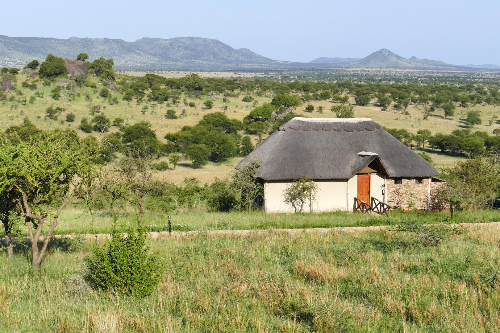 ...Serengeti Safari Lodge...