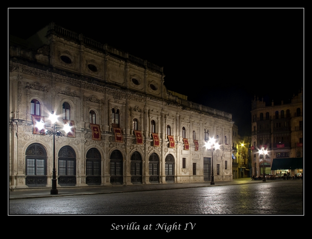 Sevilla @ Night IV