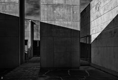 shades.concrete