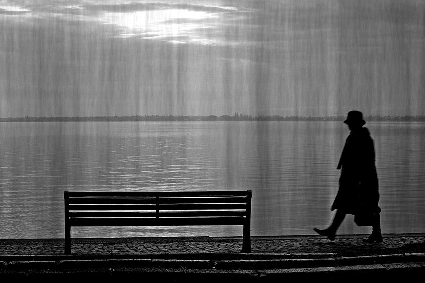 She walk alone