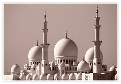 *Sheikh Zayed Grand Mosque*