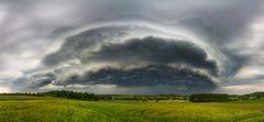 Shelf Cloud bei Mons, Belgien