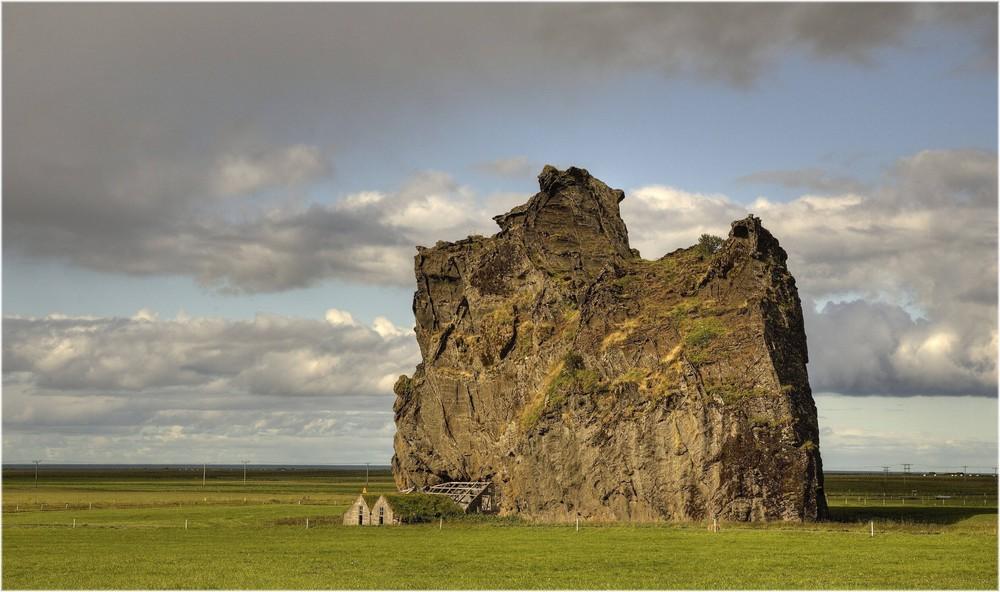 * sheltered ... im Schutze des Grossen ... * Iceland 33