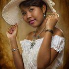 Sherida ganz in weiß