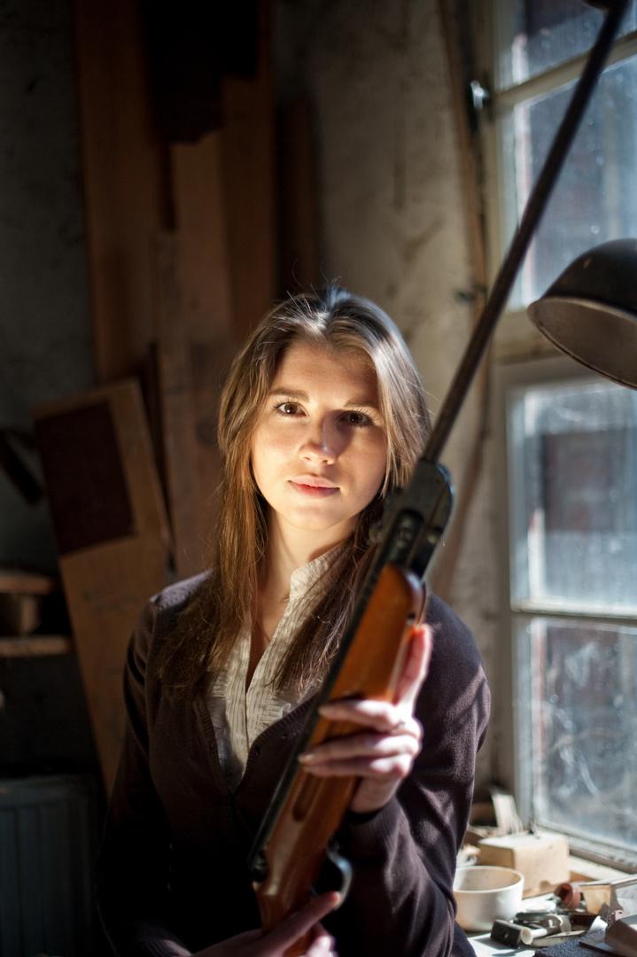 she´s got a gun!