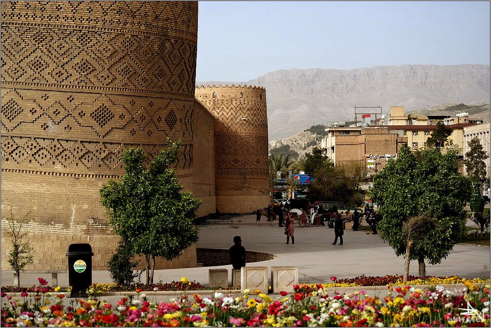 Shiraz 08