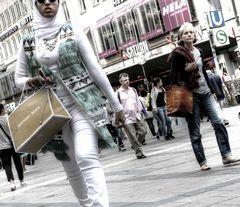 shopping_ladies
