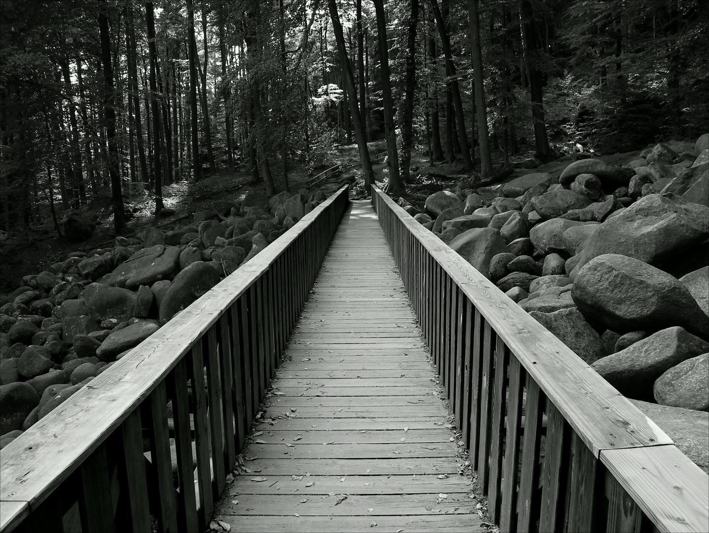 sich keine steine in den weg legen lassen foto & bild | mystische