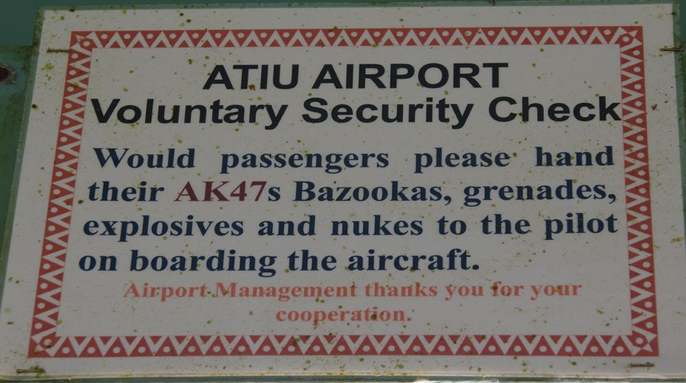 Sicherheitscheck auf Atiu