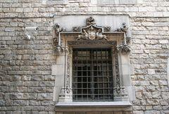 Sicherungstechnik im Laufe der Jahrhunderte (gesehen in Barcelona)