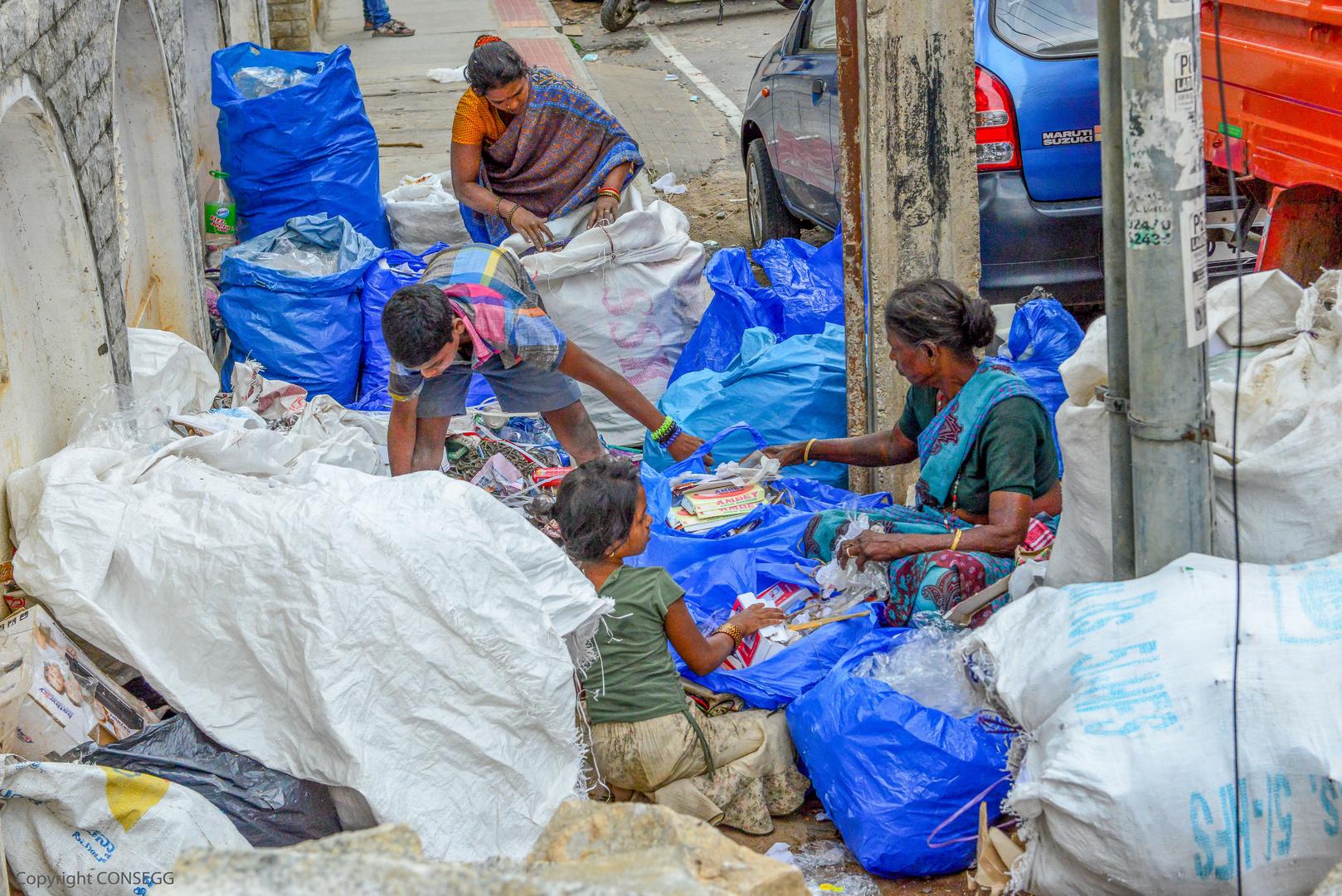 Sidewalk Recycling