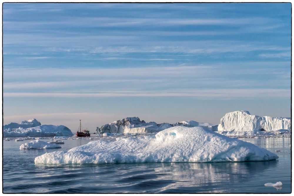 Sie suchen den Weg durchs Eis