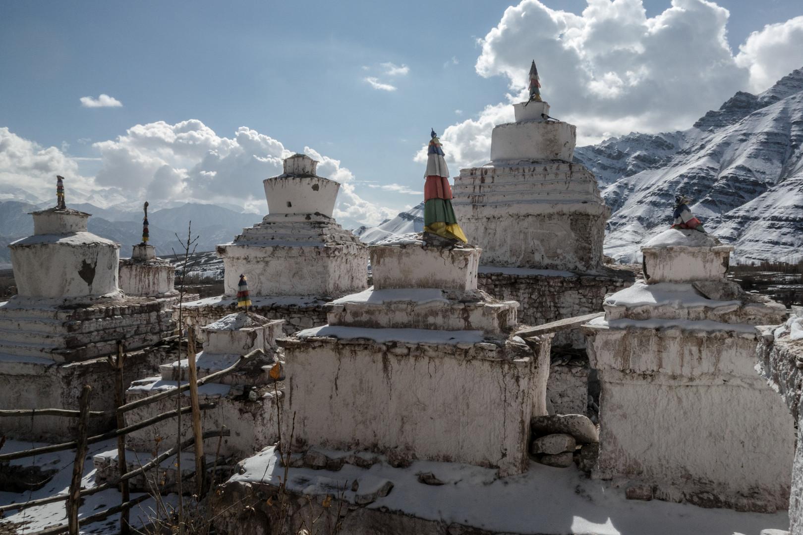 Sieben Tschörten bei Matho, Ladakh/Indien