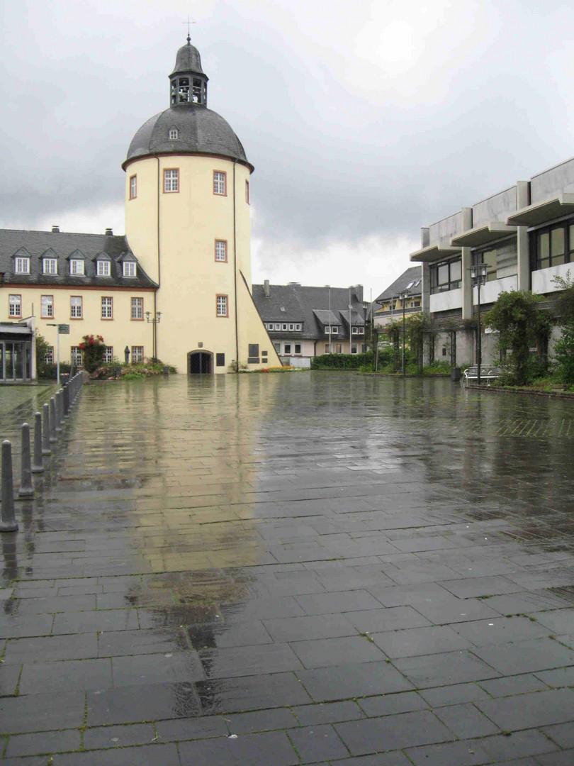 Siegen schlo platz nach dem regen foto bild architektur stadtlandschaft historisches - Architektur siegen ...