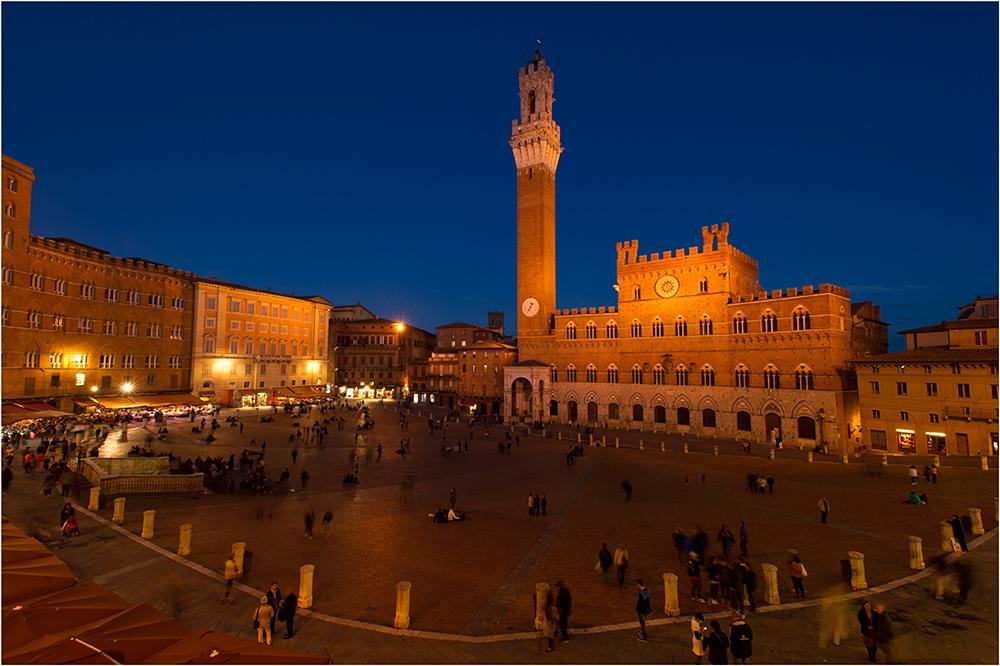 Siena @ Night