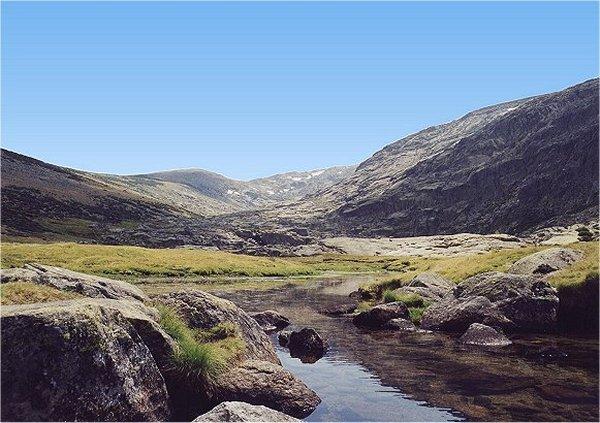 Sierra de Gredos, Hochebene bei der Laguna grande de Gredos, Juli 2001