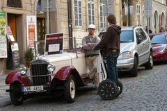 Sightseeing-Tour in Prag- mit Oldtimer oder sportlich