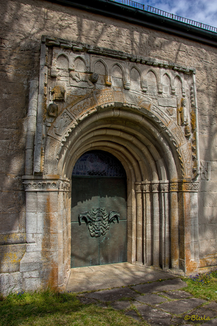 Sigismundkapelle, Portal