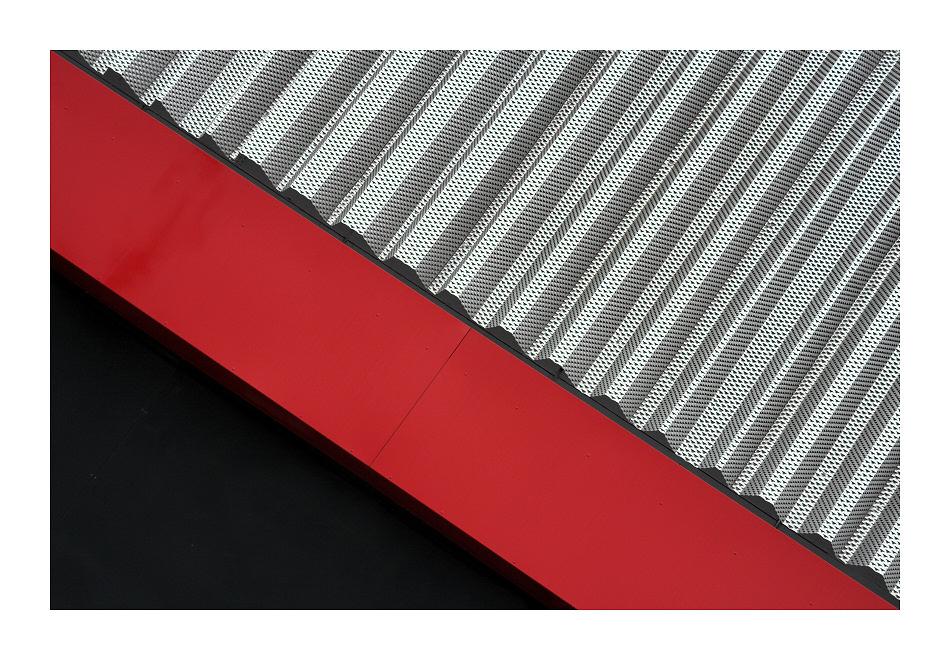 silber-rot-schwarz