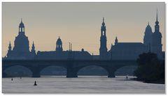 Silhouette im Morgendunst