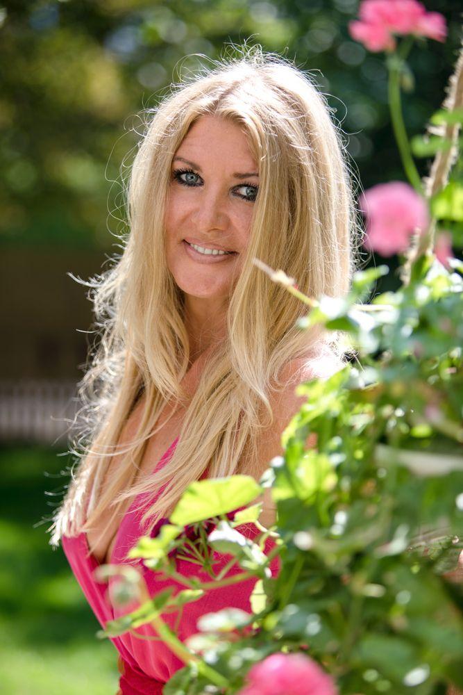 Silke V. Foto & Bild   fashion, outdoor, frauen Bilder auf