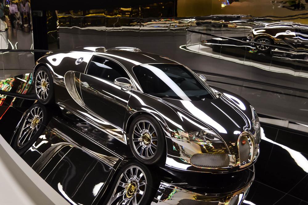 silver bugatti veyron 16 4 foto bild autos zweir der. Black Bedroom Furniture Sets. Home Design Ideas