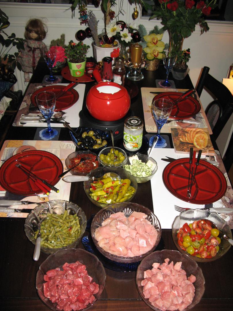 silvester fondue foto bild stillleben essen trinken tafeln bilder auf fotocommunity. Black Bedroom Furniture Sets. Home Design Ideas