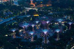 Singapur zur blauen Stunde