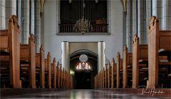 Sint-Landriuskerk zu Echt ....