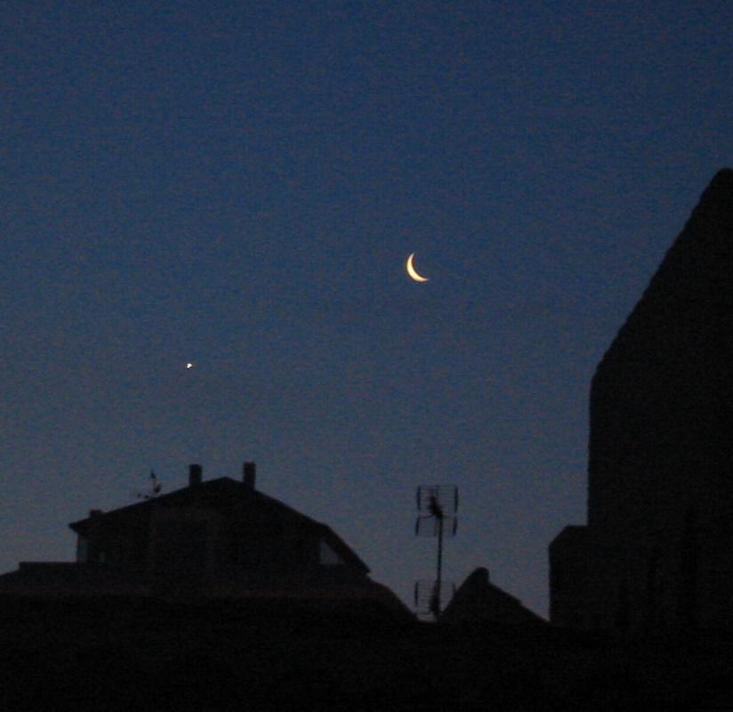 Sintonizando la luna...