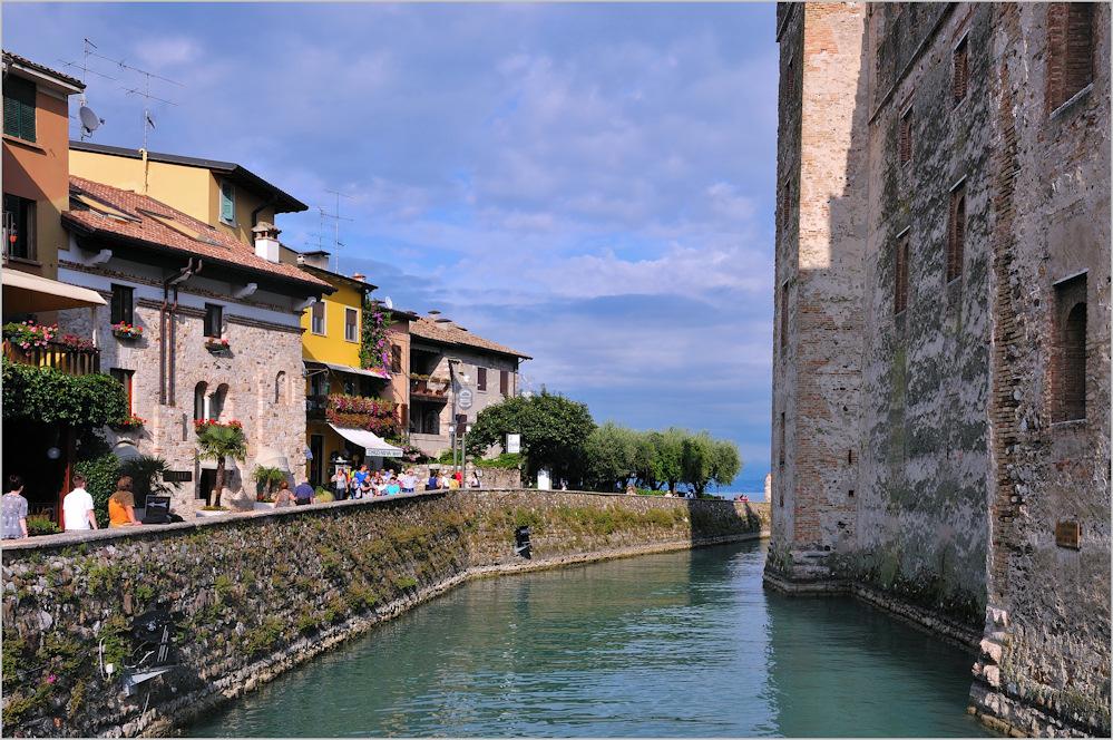 Sirmione - Kanal am Castello