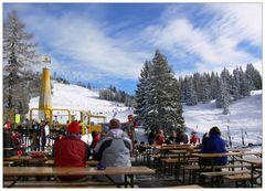 Sitzen und genießen [5] - St. Johann im Pongau, Alpendorf, Bergstation Gondelbahn