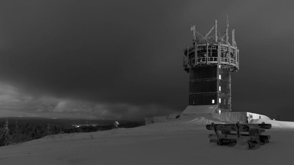 Sitzgruppe mit Eisturm