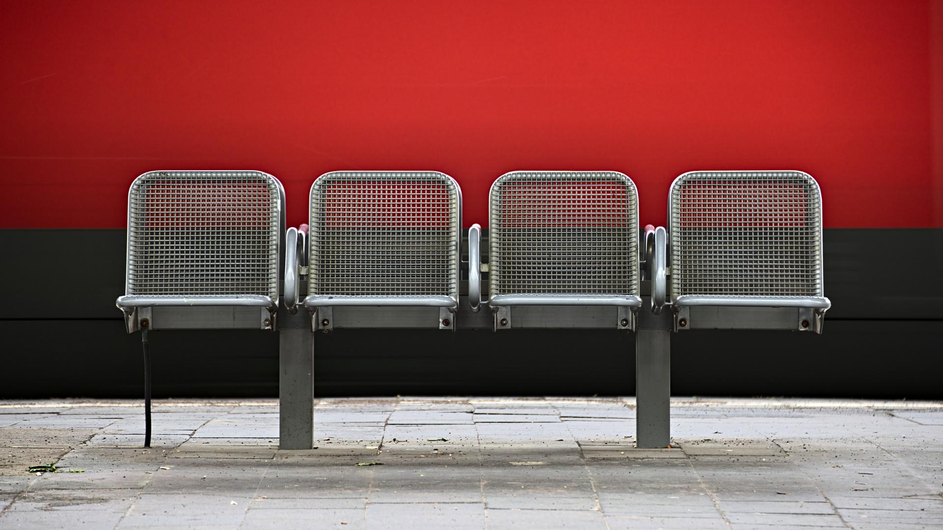 Sitzmöglichkeiten (8)