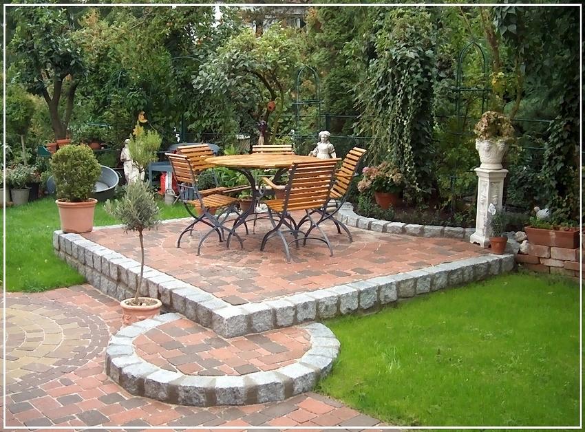 sitzplatz im garten foto bild landschaft garten parklandschaften pflanzen und tiere. Black Bedroom Furniture Sets. Home Design Ideas