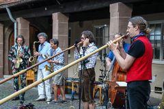 Six Alps Stgt Jazz Ca-19-17-col Jul19 +3Fotos
