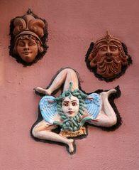 Sizilianisches Dreibein