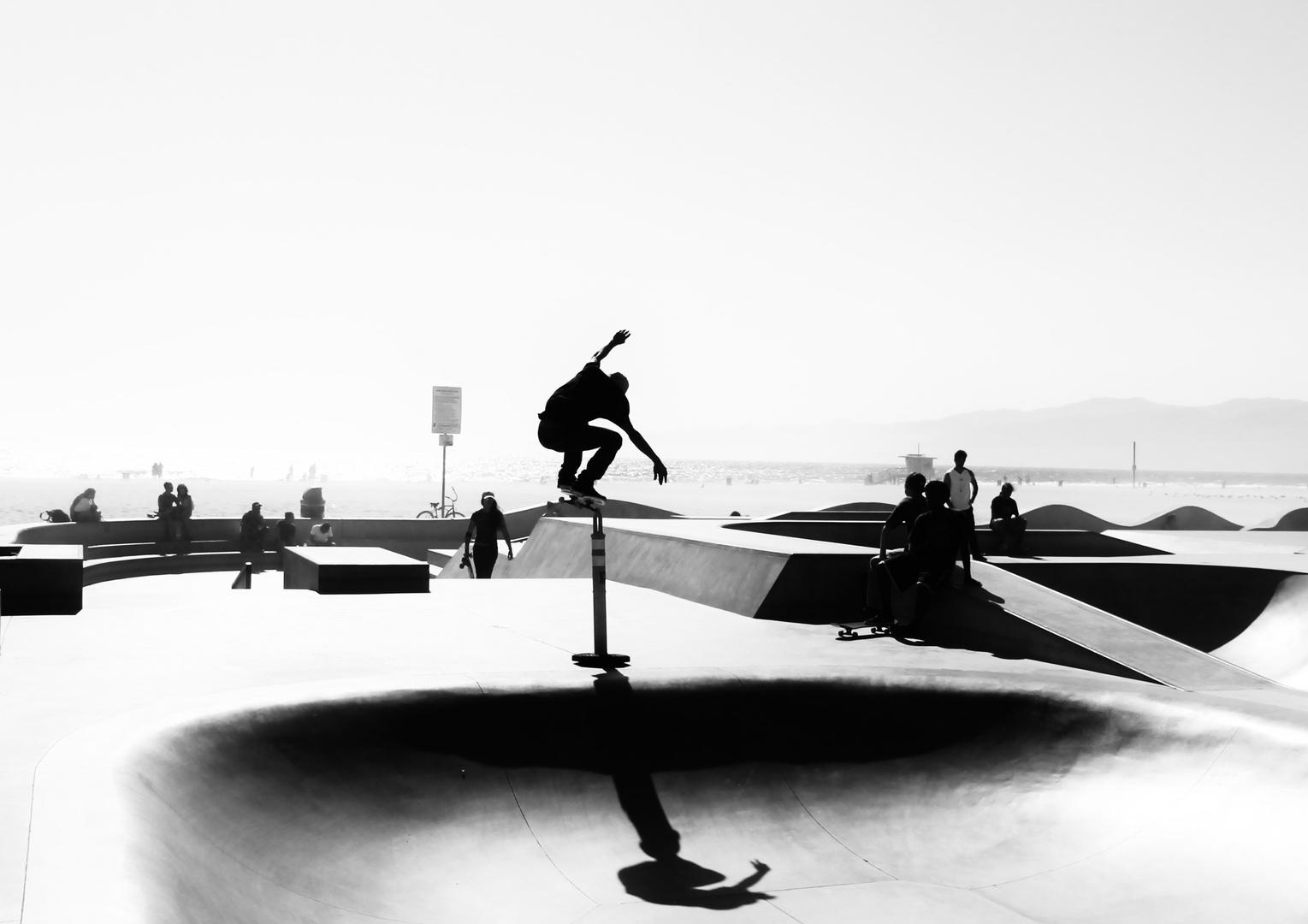 Skate in Venice Beach