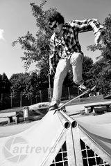 [ Skateboarding never dies ]