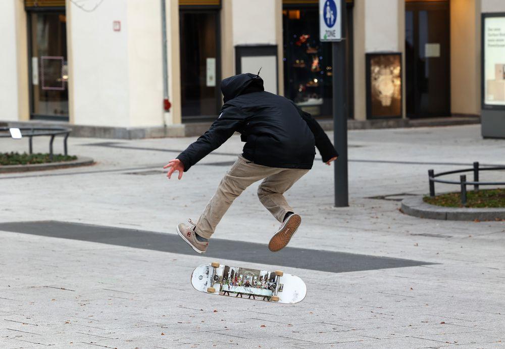 Skater Street mit R6_21-954-col +R6Fotos