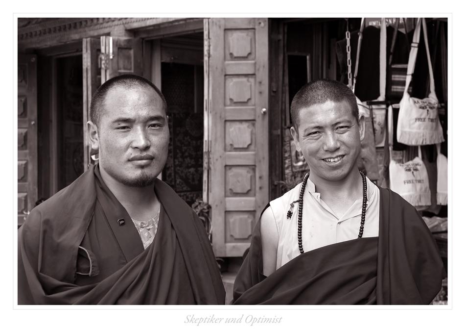 Skeptischer Mönch und optimistischer Mönch