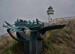 """Skulptur in den Dünen - unweit der """"Kunststadt"""" Bergen"""