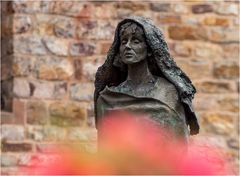 Skulptur St. Hildegard (3)